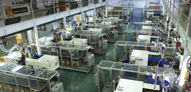 Plastic Components, Inc、は、バックエンドコストを削減しながら射出成形の速度と精度を向上させている