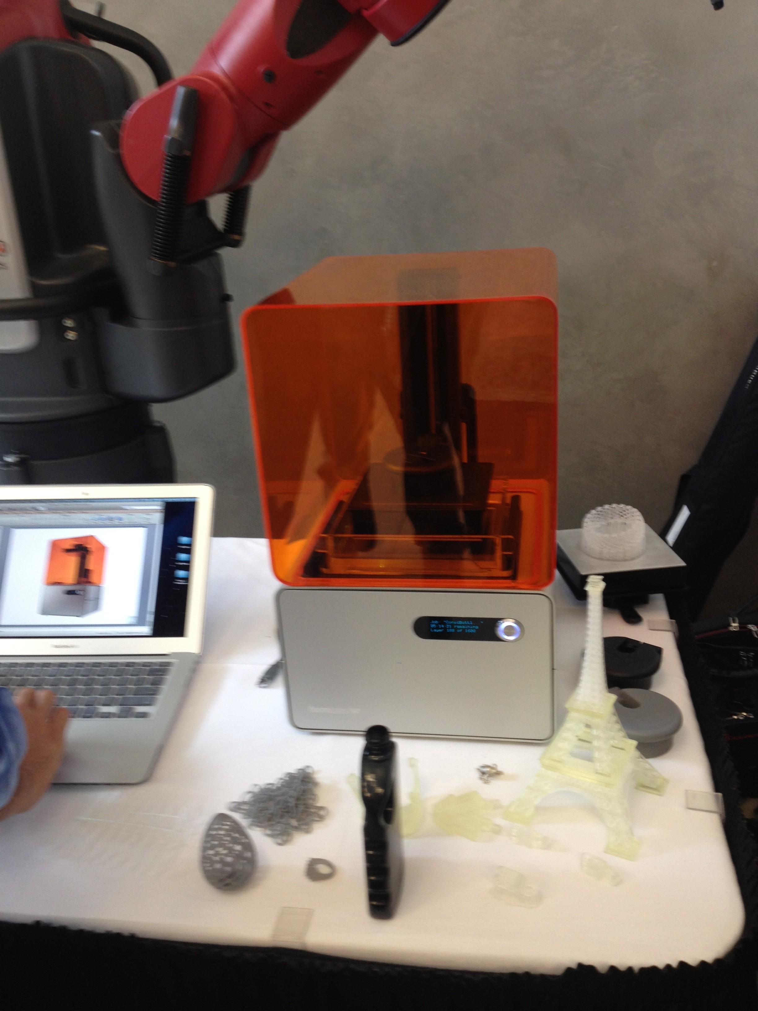 ReThink Robotics, Formlabs, and Knapheide Manufacturing Corporation Push Design Limits at SolidWorks 2014 Press Event