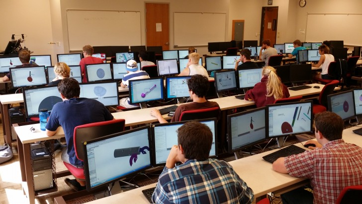 New Online Environment Links Engineering Students Up With Businesses