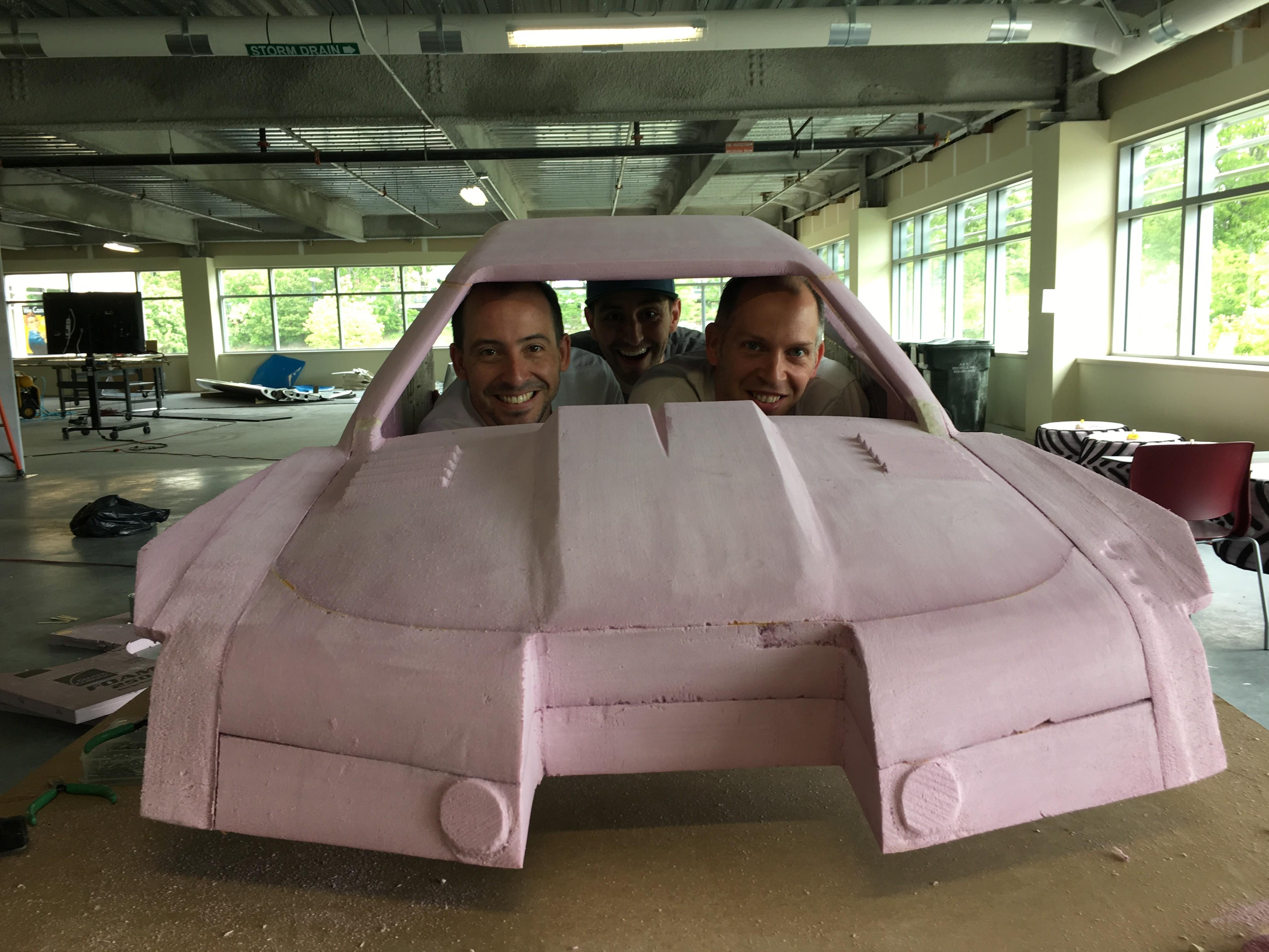 Rob, Albert e Sal no mini-Max-D