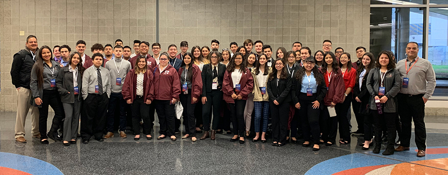 Cesar Gutierrez and his students at SOLIDWORKS World 2019