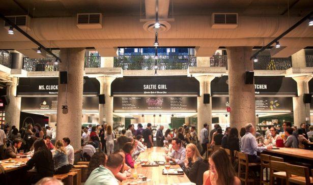 """""""Time Out Market Boston eröffnet in Fenway - ein Paradis für gutes Essen, ganz in der Nähe des South Campus"""", Boston University, http://www.bu.edu/articles/2019/time-out-market/, 28. Juni 2019."""