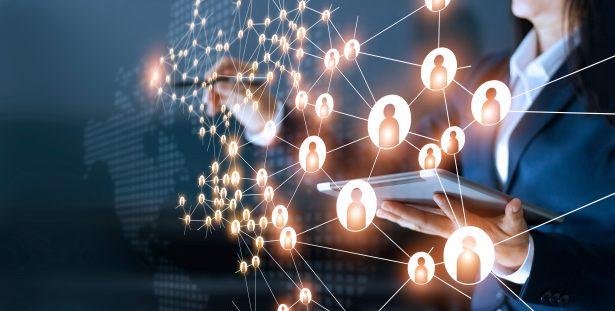 Webinar: Verbessern Sie Ihre Zusammenarbeit und Automatisierung dank der effektiveren Nutzung Ihrer Produktdaten
