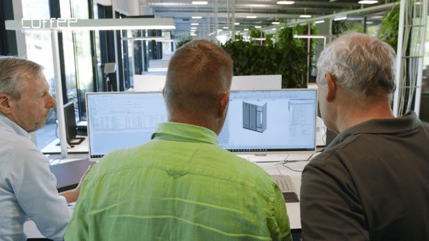 Teamwork bei C+P Möbelsysteme