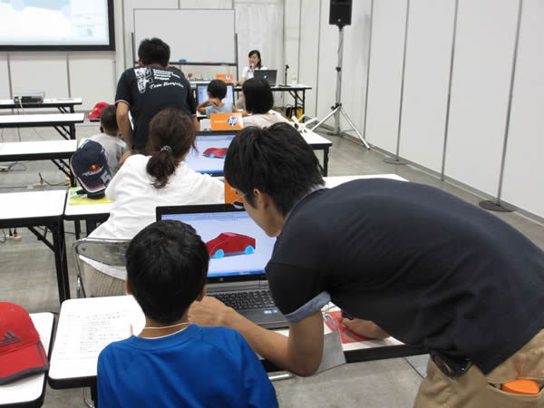 SolidWorks Japan Kids Week Classroom