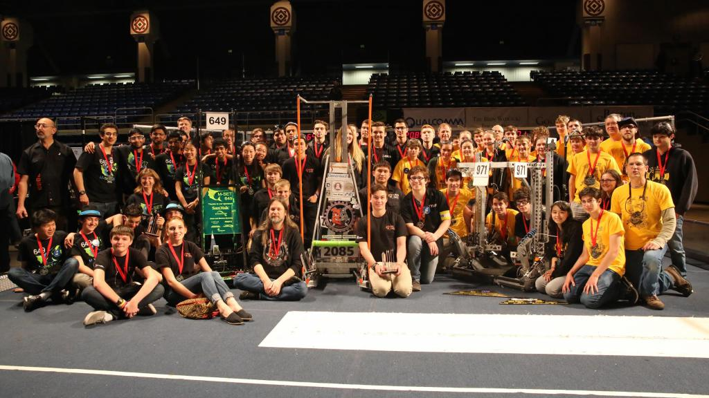 Robot Mentors make a Difference on the Road to St Louis
