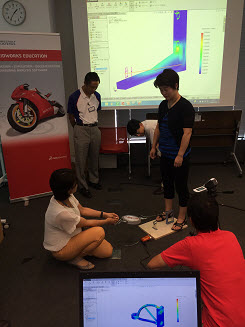 SOLIDWORKS Simulation Summer Camp Stress-Free for Japanese Educators