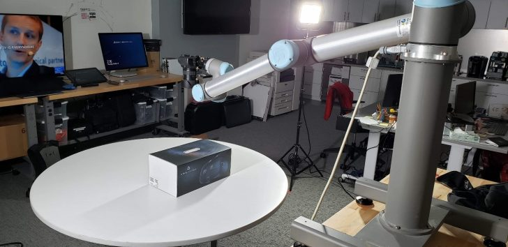 Using the 3DEXPERIENCE Lab's UR-10 Robot for Cinematography