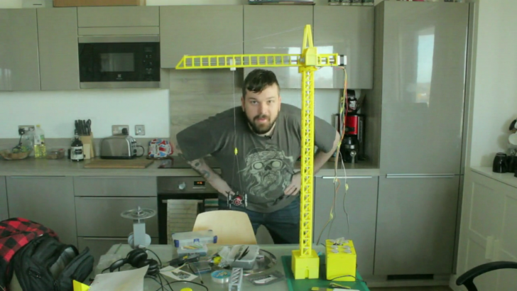 A Working Miniature Tower Crane